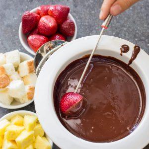 usar una fondue de chocolate