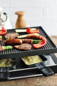 raclette con carne y verduras