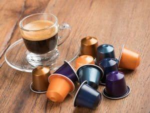 café y varias cápsulas