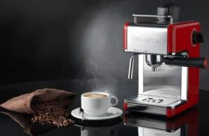 Cafetera expreso roja
