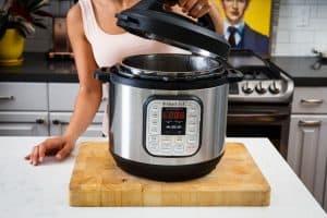 limpiar una olla de cocción lenta