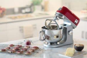 usar un robot pastelero