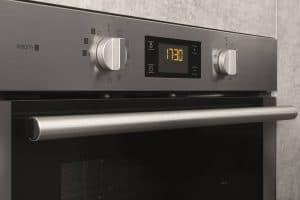 controles de un horno encastrable