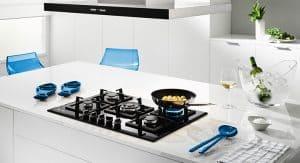 placa de gas en una cocina moderna