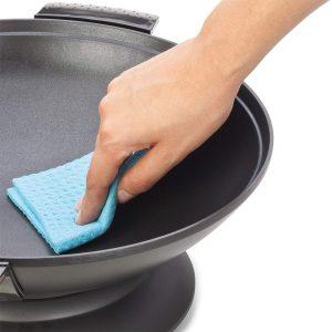 limpiar un wok eléctrico