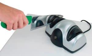 afilador de cuchillos eléctrico compacto