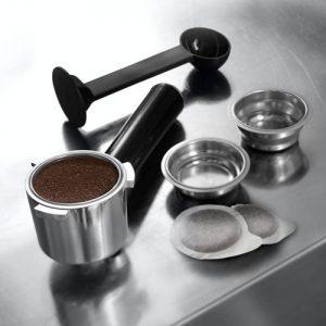 accesorios para usar en una cafetera