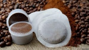 café en cápsulas de plástico