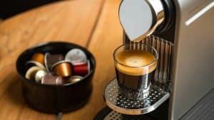 café en cápsulas y cafetera nespresso
